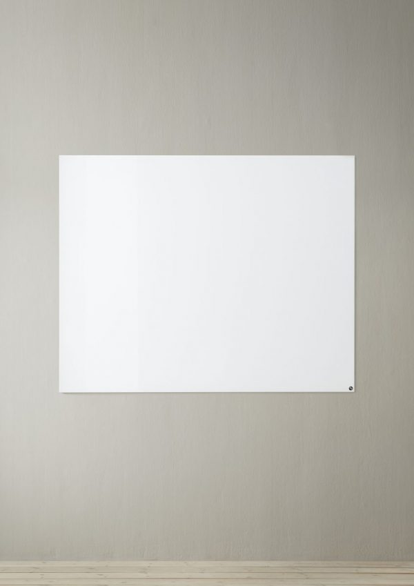 CHAT BOARD Elements magnetic glass board 120x150 vertical Pure White on sand wall