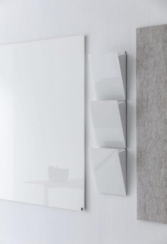 CHAT BOARD Magazine Rack three pieces in Pure White empty