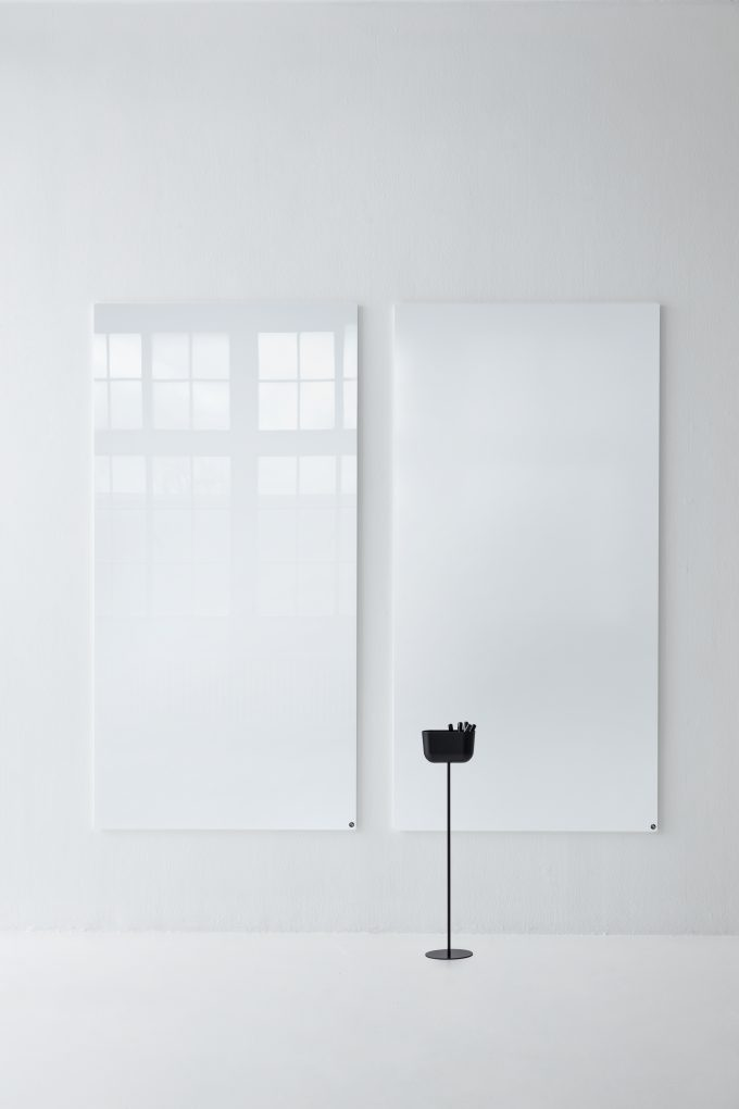 CHAT BOARD Classic and Matt in Pure White, with Storage Unit Floor Stand in Black