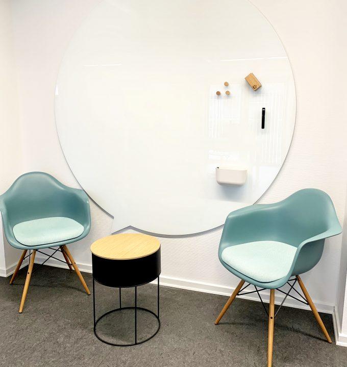 CHAT-BOARD-made-to-measure-speech-bubble-board-Pure-White
