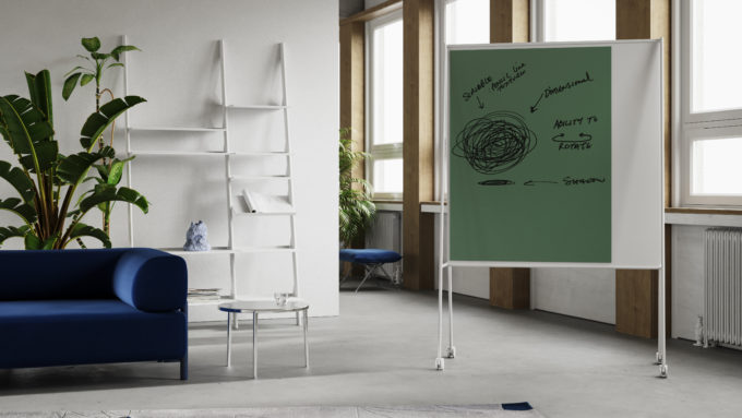 CHAT BOARD SQUAD Solid Teacher in White and Pine